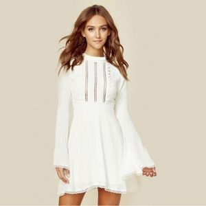 8ae6bfc2e6 Dresses   Skirts - White Sleeve Style Dress